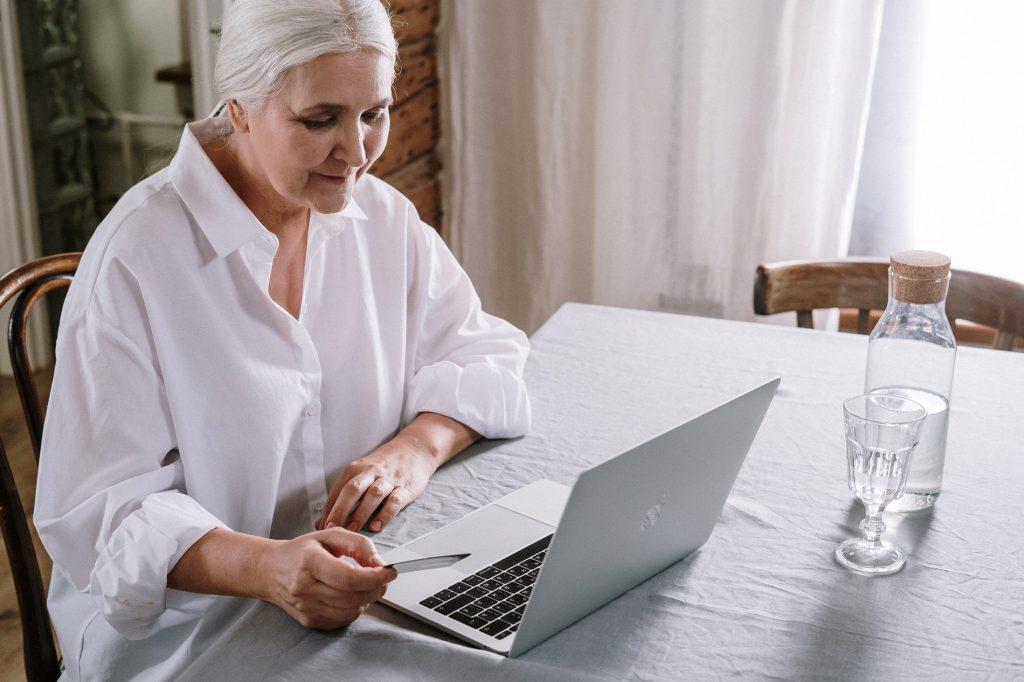 הפעלת מערך חוקרים פרטיים כחלק משיטות הפעולה של חברות הביטוח לשלילת זכאויות